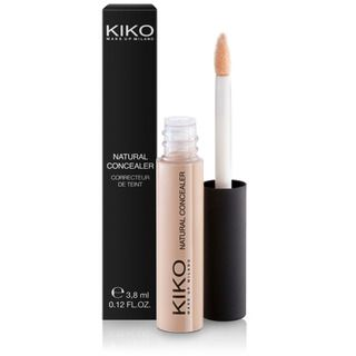 Purchase Natural Concealer online, the liquid concealer with flocked applicator by KIKO for an adjustable coverage of dark circles and blemishes