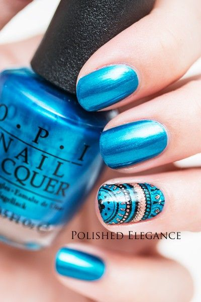 Delicate nails designed with nail brush set!