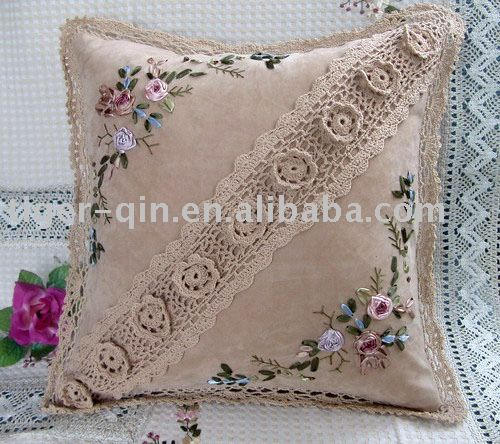 ribbon embroidery and crochet - http://spanish.alibaba.com/product-gs/ribbon-embroidery-hand-crochet-cushion-232644825.html