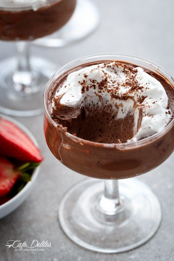 3-Ingredient Double Chocolate Mousse (Low Carb and Dairy Free) | http://cafedelites.stfi.re