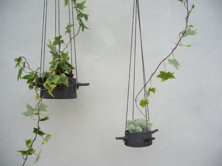 manos | hanging flower pot: Plants Can, Hanging Plants, Hanging Flowers Pots, Flower Pots, Karin Eriksson, Plants Holders, Hanging Planters, Flowerpot, Hanging Pots