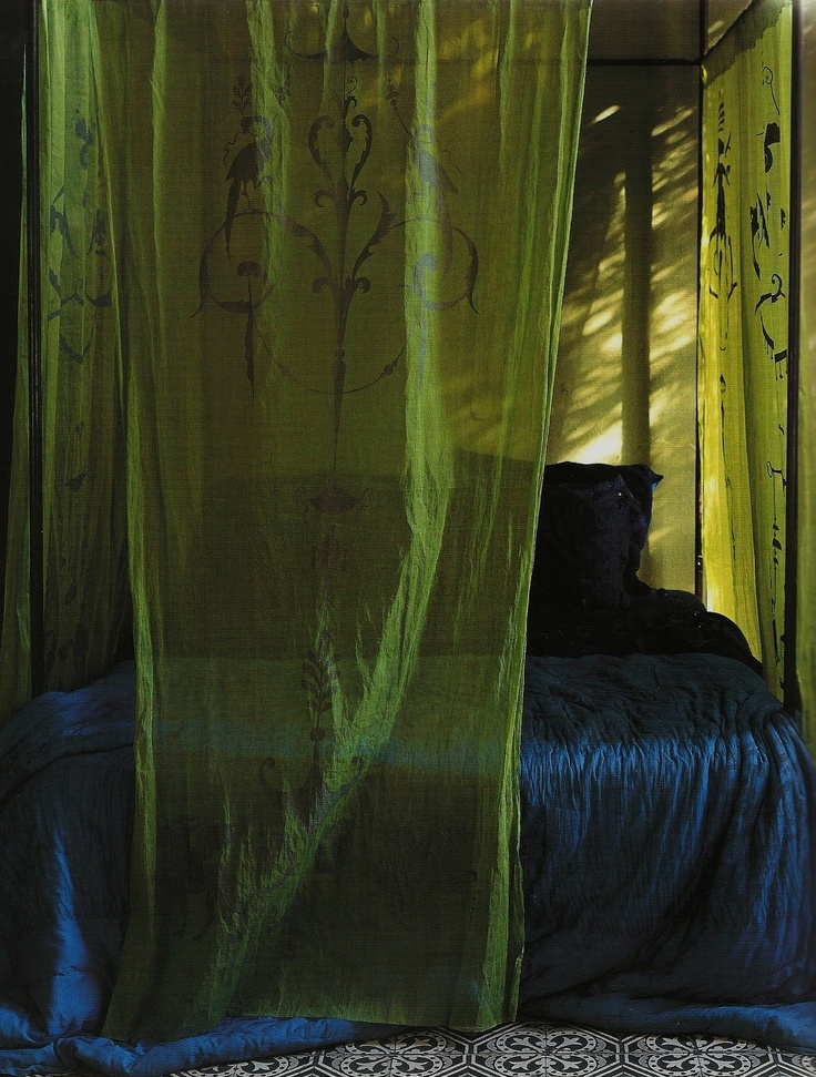 25 Best Ideas About Green Bedroom Curtains On Pinterest Green Bedrooms Green Apartment