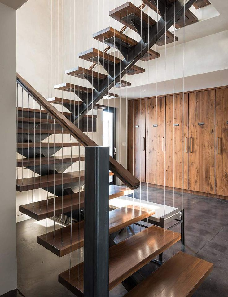 Suspended cable staircase #modern #suspension #stairs