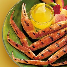 Grilled Crab Legs with Butter Sauce