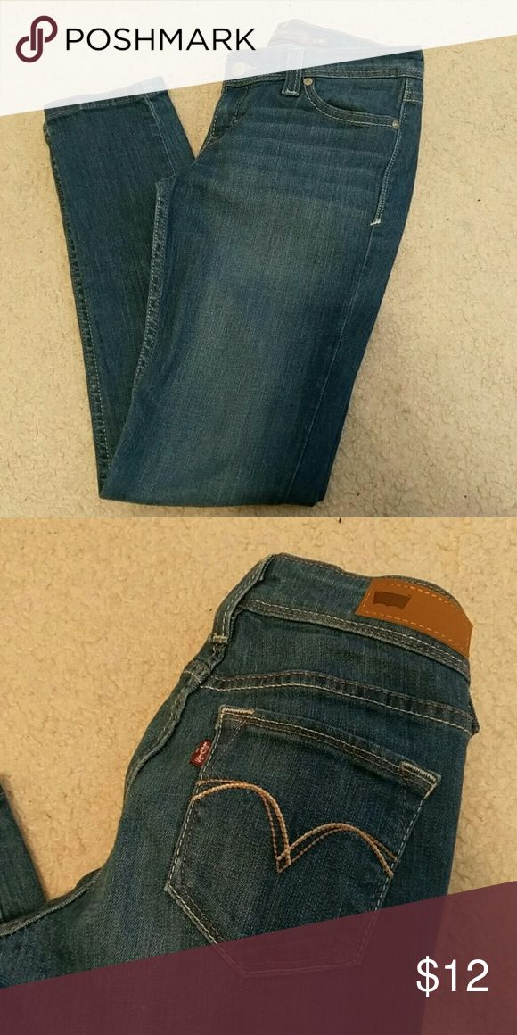 Blue skinny jeans Great quality jeans. Don't want to part with these but I have too many! Levi's so they weren't cheap. Worn a few times but still in great shape. Size 3 or 26 Levi's Jeans Skinny