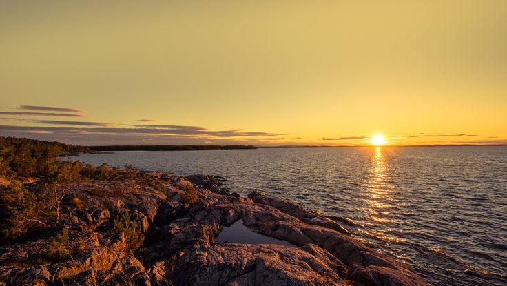 "https://flic.kr/p/V2r4hd   Crow Island   A spring sunset on the Island ""Kråkön"" or ""crow island"" in the Swedish archipelago."