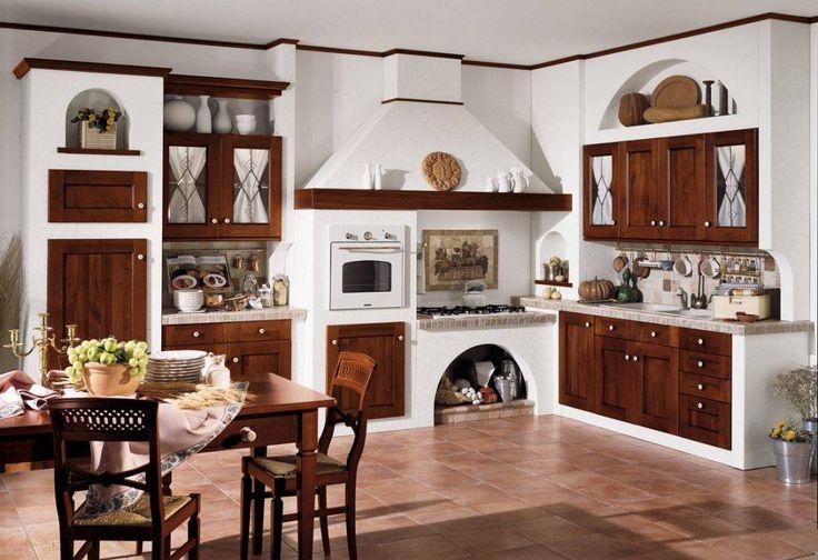 Idee cucine muratura stile classico, sportelli e cassetti in legno scuro