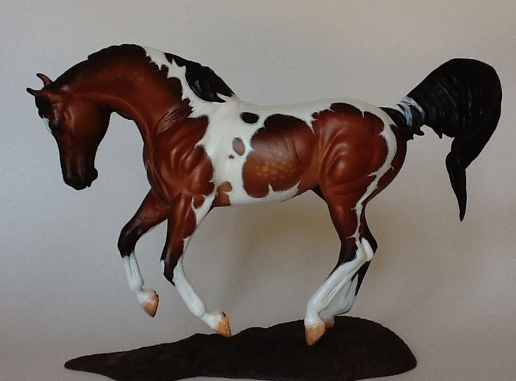 Traditional Show Jumping Warmblood custom to half Arabian by Gail Hildebrand of HHJ Creations...Wow...