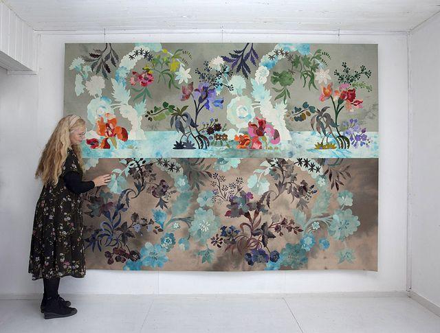 Inger Johanne Rasmussen: Anna Maria's flowers, drowning | da Norwegiancrafts (the artist in front of her work)