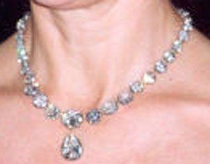 Königliche Juwelen: Schwedens Diamantkette
