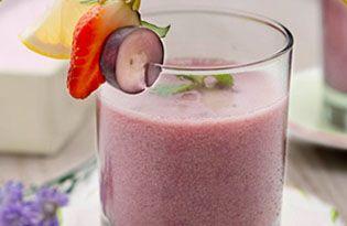 Bahan-bahan : 200 ml Buavita Guava100 ml Buavita Grape5 ml Sirup Coco Pandan10 ml Air Gula2 btl YakultCara membuat:Siapkan air gula dengan mencampur 300 gram gula dengan 300 ml air panasAduk semua bahan-bahan hingga tercampur rataTuang minuman ke dalam 1 gelas sajiBeri irisan anggur tipis diatas minuman. Hias dengan irisan jeruk nipis dibelah 2 dan 1/2 strawberryCara penyajian :Potongan tipis anggurSlice 1/2 strawberry dan slice 1/2 jeruk nipis