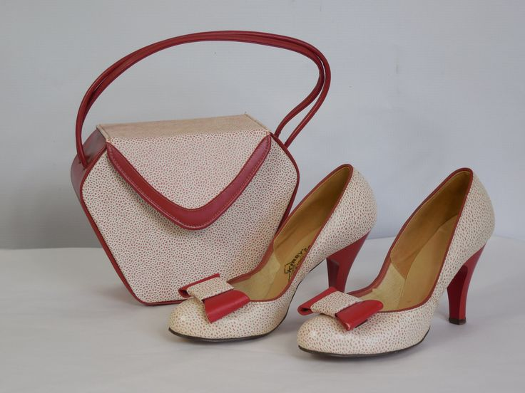 1950's Vintage Kirby's California Fashions Red and White Heel Pump Shoes Size 6 with Matching Box Purse