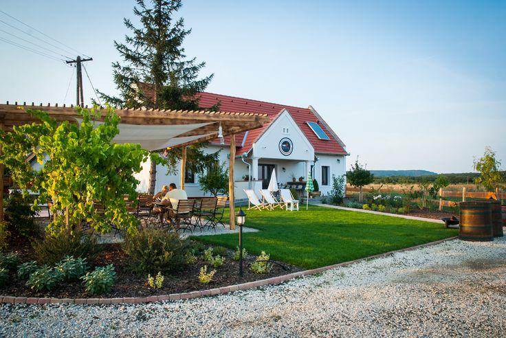 káli gourmet bistro & delicatesse itt: Köveskál, Veszprém megye