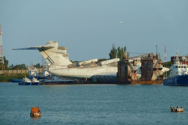 The Soviet Navy's Massive Lun-Class Ekranoplan Decaying by the Caspian Sea