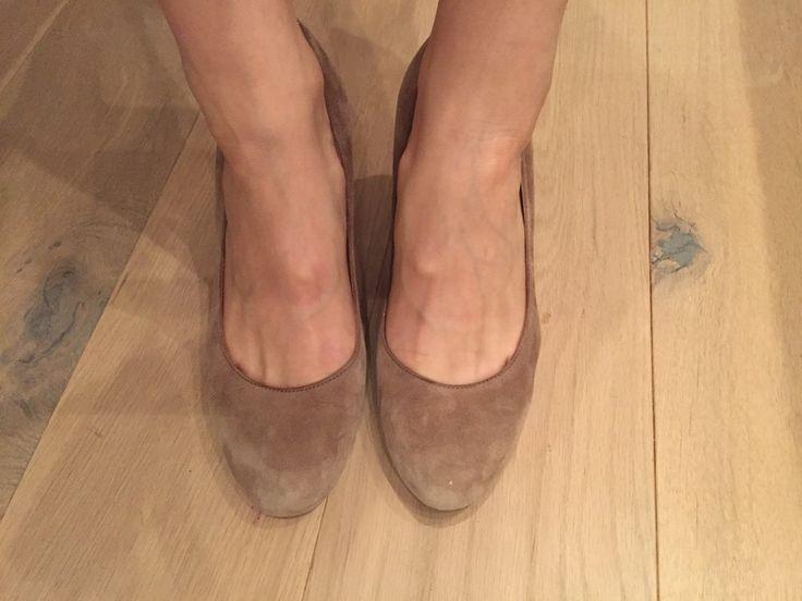 Mein beige Hohe Schuhe 38 von Cox! Größe 38 für 30,00 €. Sieh´s dir an: http://www.kleiderkreisel.de/damenschuhe/hohe-schuhe/139919649-beige-hohe-schuhe-38.