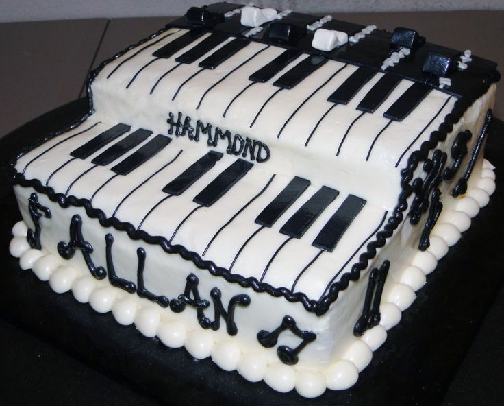 Hammond organ cake