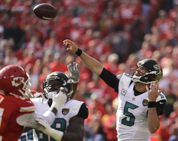 Jaguars aren't giving up on QB Blake Bortles yet, exercise fifth-year option