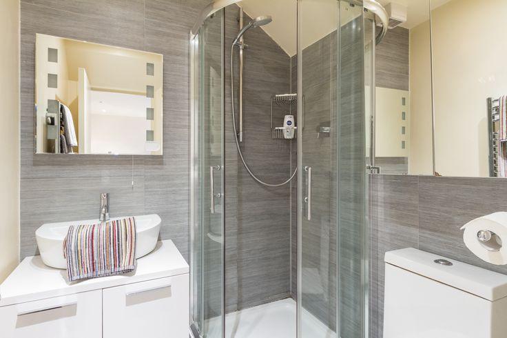 Shower room basement flat London SW6 #cutlerandbond #basementflat #gardenflat #londonproperty