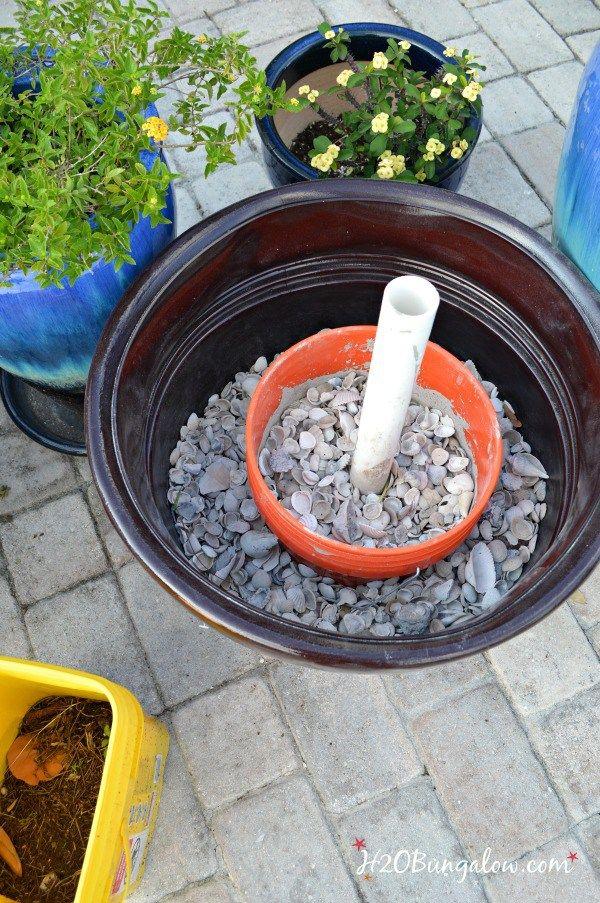 DIY-umbrella-planter stand-H2OBungalow