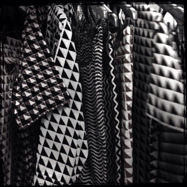 Populo - batik fabric - black white