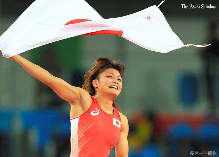 女子個人で五輪史上初の四連覇です!レスリング女子58キロ級で伊調馨選手が金メダルを獲得しました。(啓) #レスリング #Gold   #JPN  #Rio2016 #リオ五輪