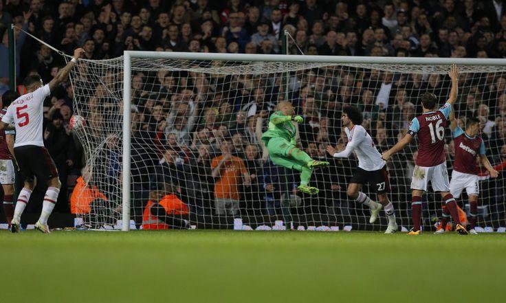 Marouane Fellaini scores -- Manchester United 2 -- West Ham 1 -- 4-13-16