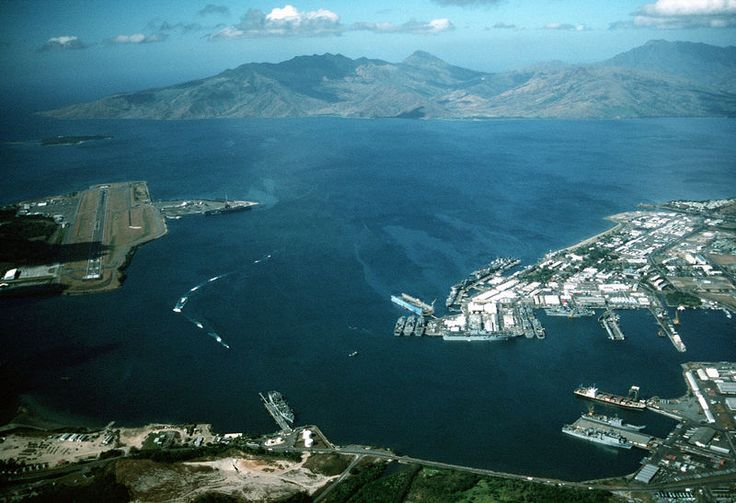 Subic Bay US Naval Base | The old Subic Bay US Naval Base. Pic source: Wikipedia