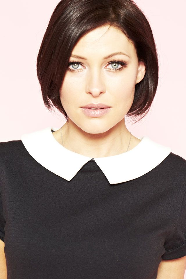 Emma Willis looks stunning even with plain clothes.