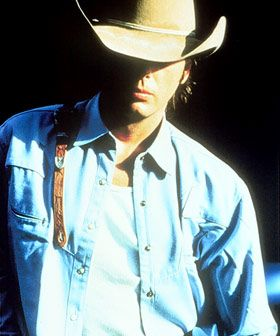 CMT : Photos : All Dwight Yoakam Pictures : Dwight Yoakam flipbook (95 of 98)