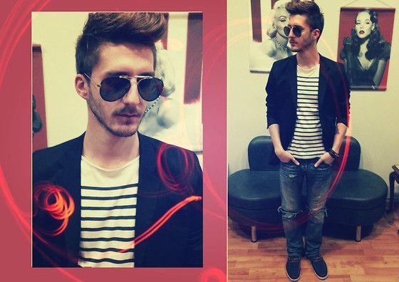 #blazer #glasses #jean #stripes