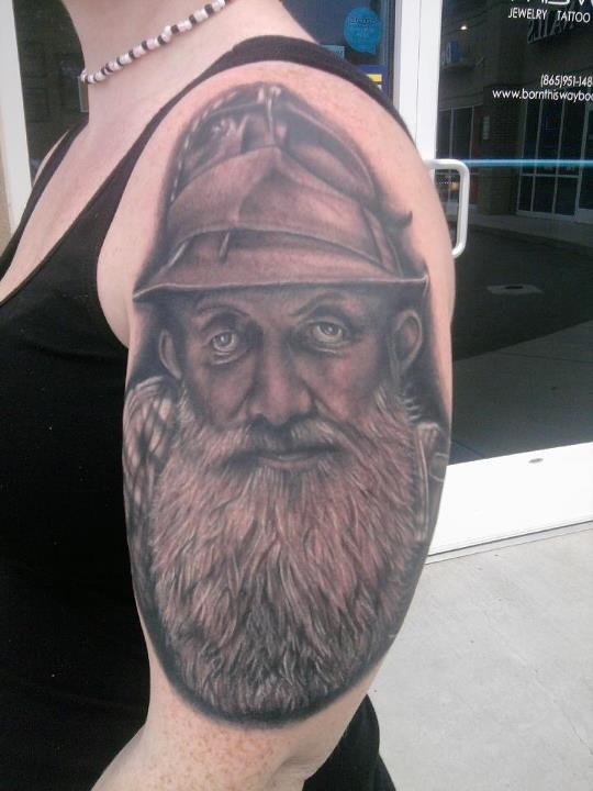 popcorn sutton black and grey portrait done by jon goad of born this way body arts. Black Bedroom Furniture Sets. Home Design Ideas
