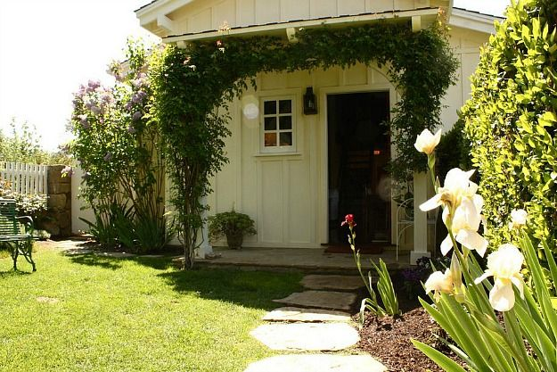 Ted Danson Mary Steenburgen guest house Ojai (11)