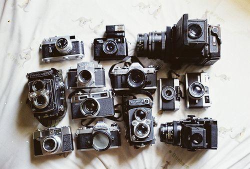 I want an old school camera so bad!