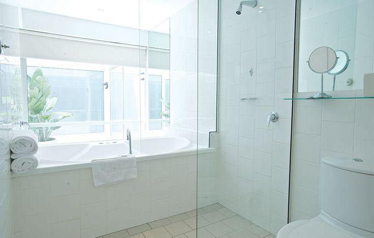 A Premier Spa Suite bathroom at Rydges St. Kilda.