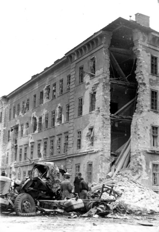 Kilián laktanya | Damaged Kilián Barracks #revolution #1956 #hungary #houseofterror #communism