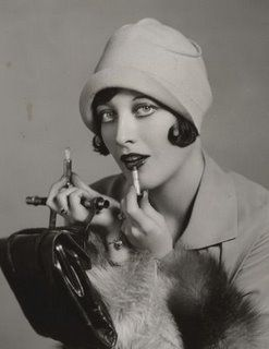 Joan Crawford (March 23, 1905 - May 10, 1977) was an American actress of film, television and theatre. Starting as a dancer in traveling theatrical companies before debuting on Broadway, Crawford was signed to a motion picture contract by Metro-Goldwyn-Mayer in 1925.
