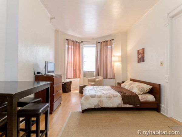 Can You Believe This Gorgeous Rental Apartment In NYC Is A Studio Students Welcome