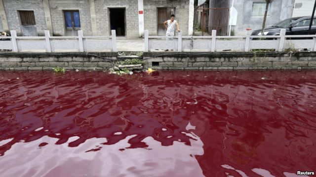 China's Wenzhou River Turns Red  River water turned red in an eastern Chinese city in recent days, sparking fears of another environmental crisis in China.  The incident is just the latest in a series of environmental scares for people in China.