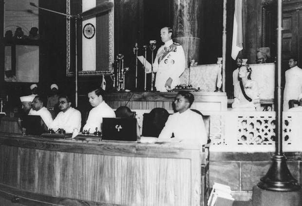 26.India and Pakistan Gain Independence (1947)
