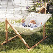 Baby-hangmat met houten frame van AMAZONAS