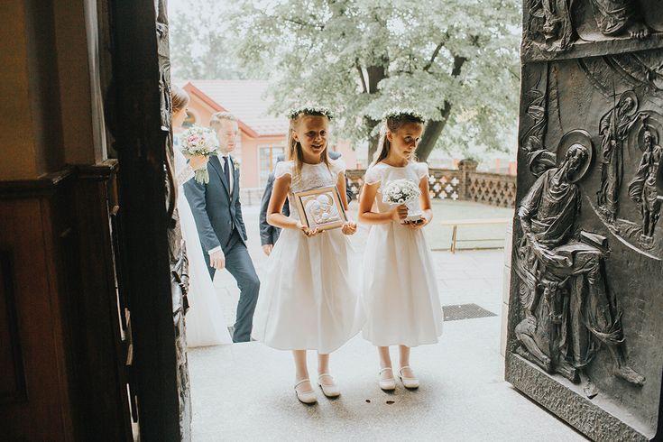 Elegancki ślub Sylwii i Tomka w obiektywie Czterech Kadrów
