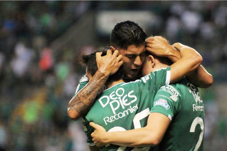 El equipo verdiblanco goleó 4-1 al Medellín en el juego de ida de los cuartos de final de la Liga.