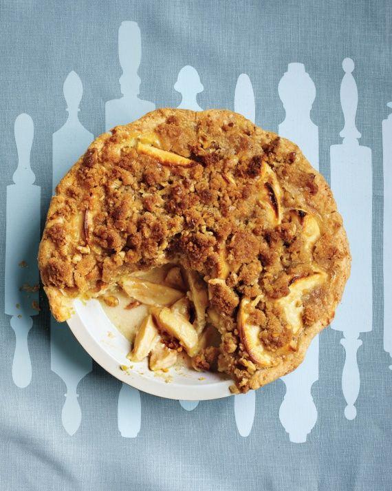 Apple-Sour Cream Crumb Pie
