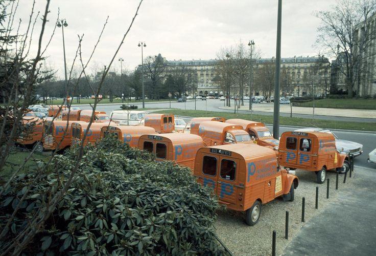 livraison d u0026 39 une flotte de 2cv ak 400 en 1974