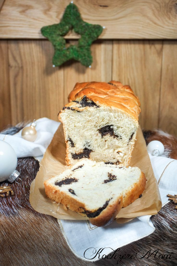Mandel Mohn Striezel Brot in Kastenform