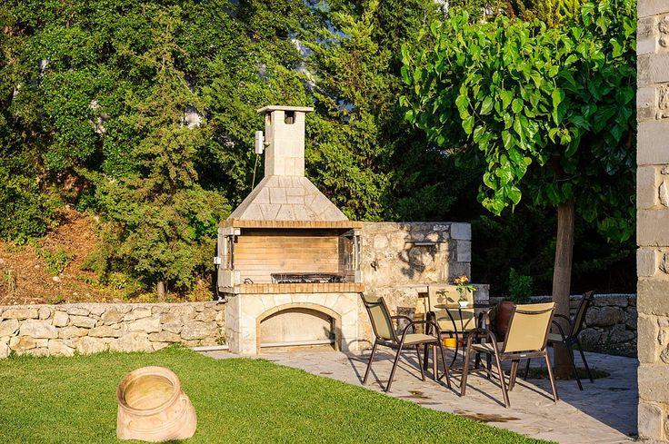Villa Aphrodite Exterior | Kontis Village