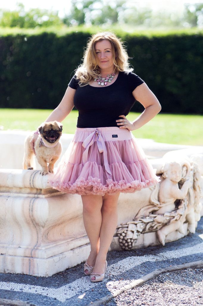 #pettiskirt #tutu #plussize #outfit #sweet #dog #beautywithplus #photography www.dollyshop.hu