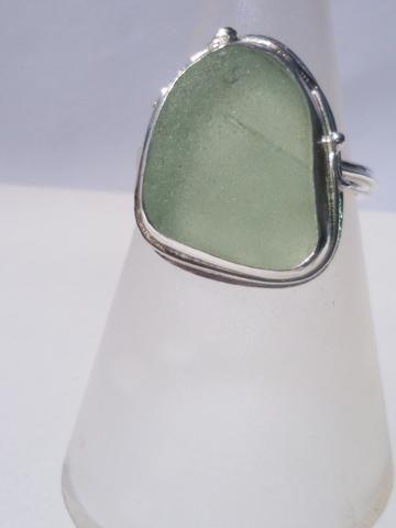 1529 Pale Seafoam Ring