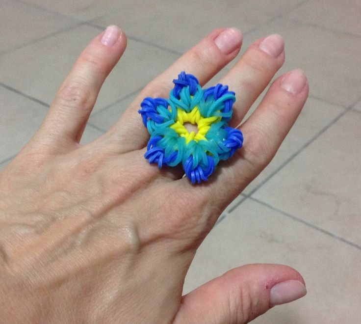Rainbow loom, tropical flower ring.