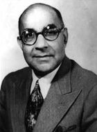 Nawabzada Liaquat Ali Khan (Næʍābzādāh Liāqat Alī Khān (About this sound listen (help·info)), Urdu and Punjabi: لیاقت علی خان; October 1895 – 16 October 1951), often simply referred as Liaquat, was one of the leading Founding Fathers of modern Pakistan, statesman, lawyer, and political theorist who became and served as the first Prime Minister of Pakistan; in addition, he was also the first Defence minister, the first Finance Minister of India, and the minister of Commonwealth and Kashmir…